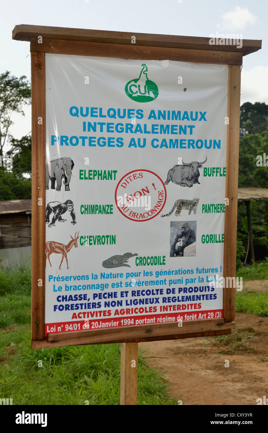 Sign with instructions for animal welfare, near Lolodorf, Cameroon, Central Africa, Africa - Stock Image