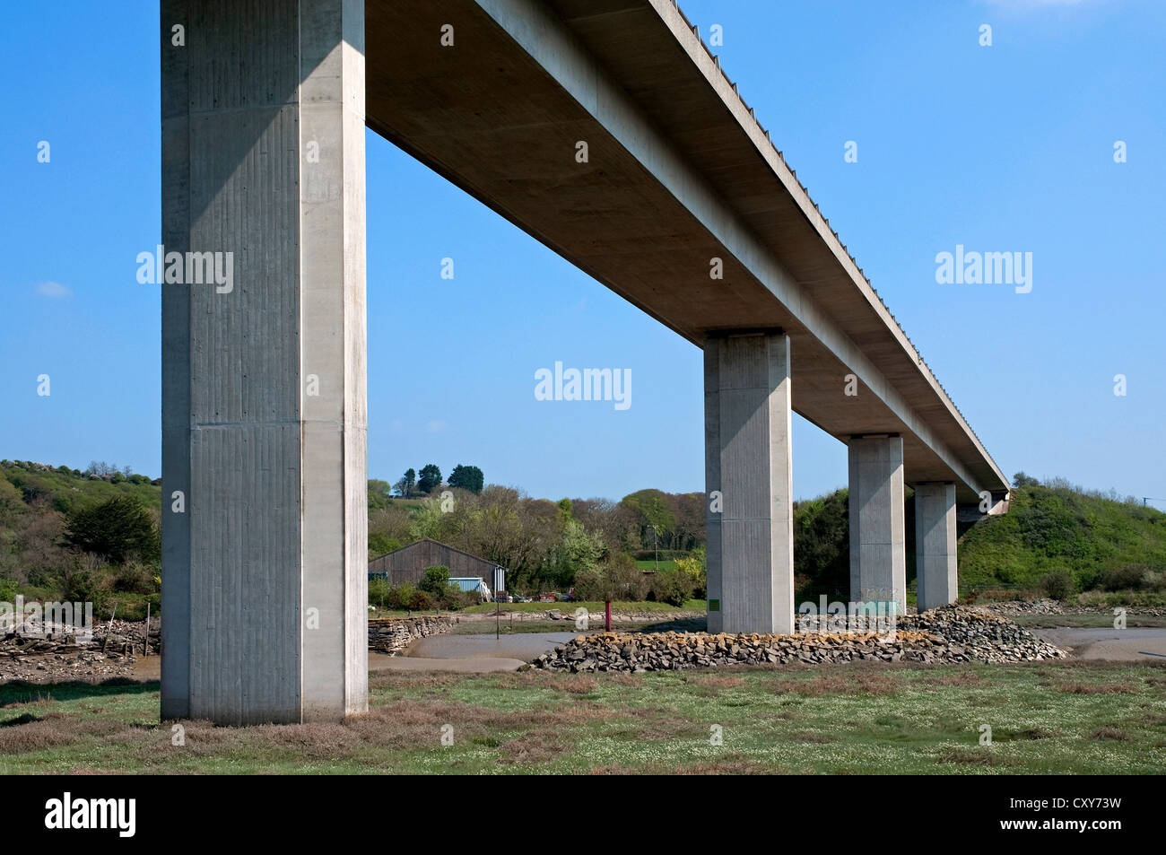 The A30 flyover spans the river camel at Wadebridge in Cornwall, UK - Stock Image