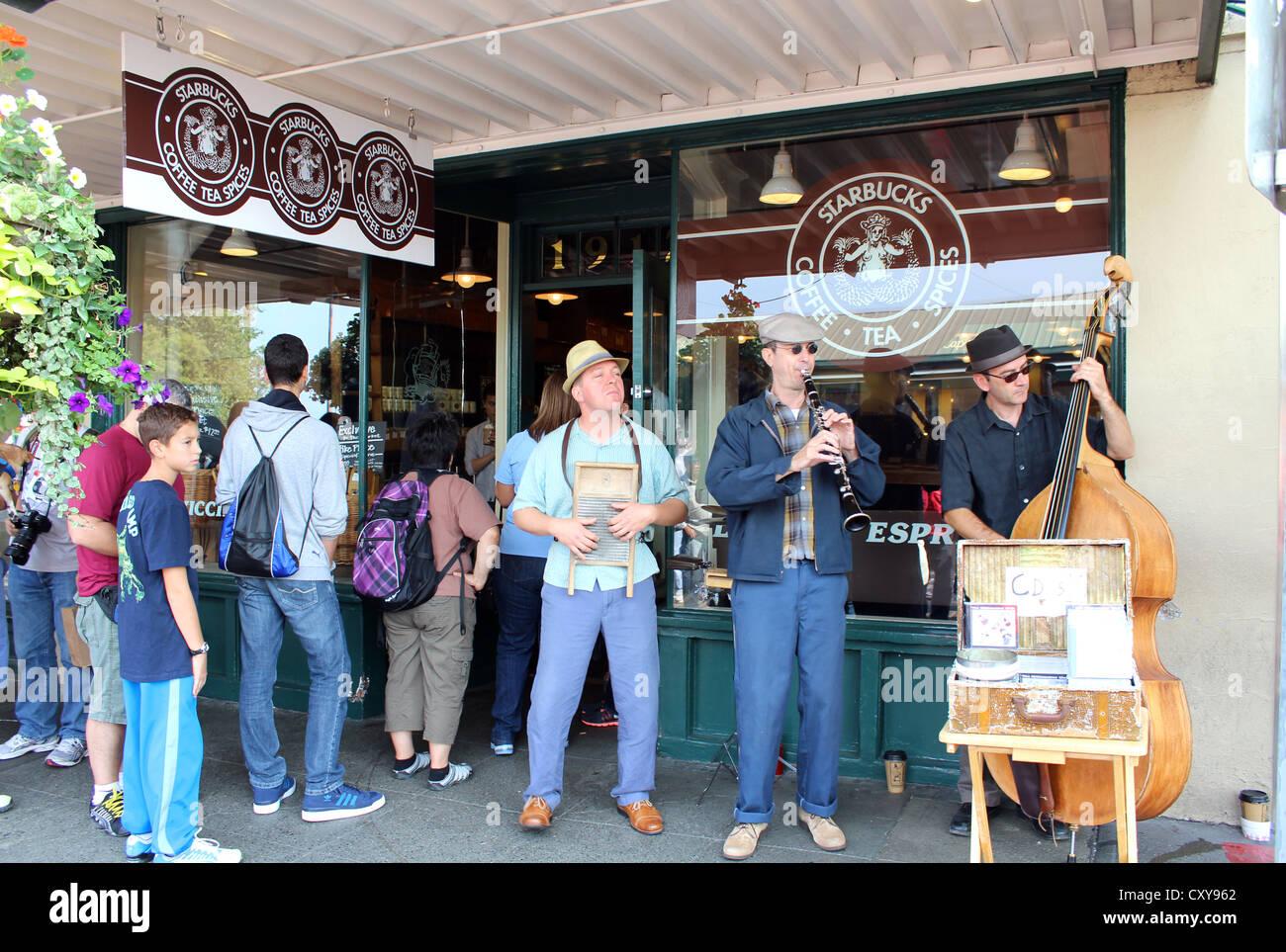 The first Starbucks coffee store, Seattle, Washington, USA - Stock Image