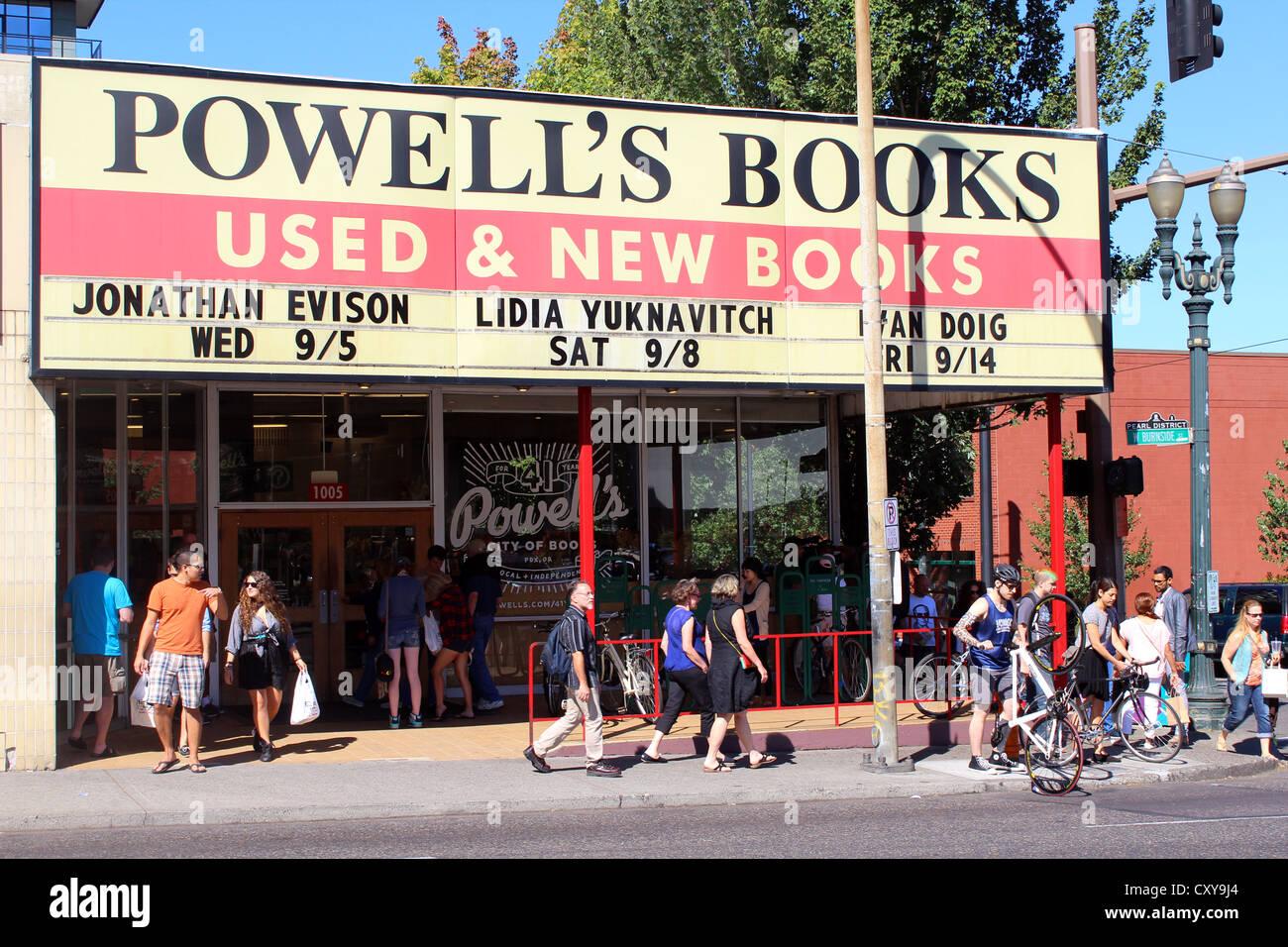 Powell's Bookstore, Portland, Oregon, USA - Stock Image