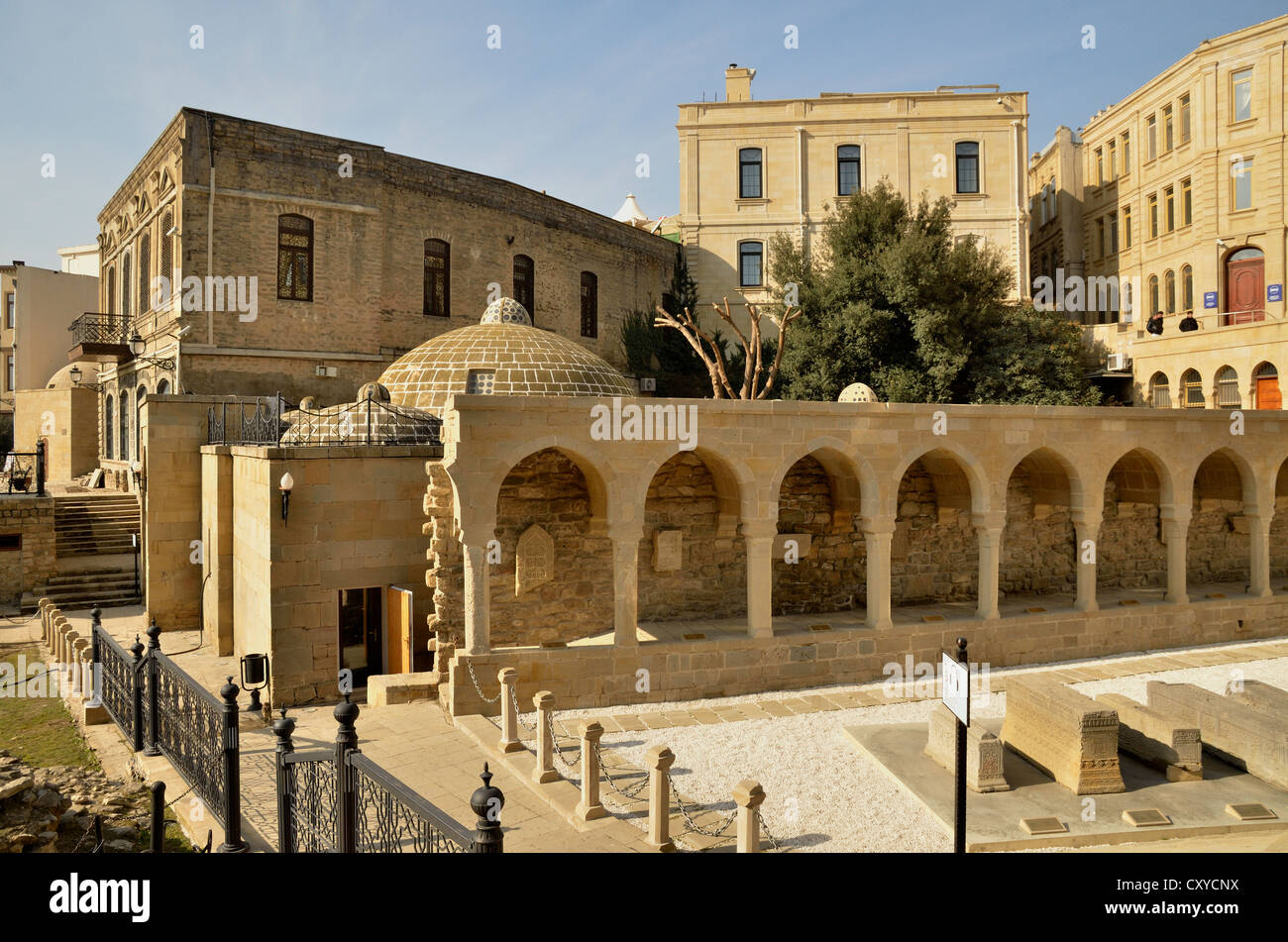 Tombs of the Siratagli Dini Memarliq excavation site in the historic town centre of Baku, UNESCO World Heritage - Stock Image