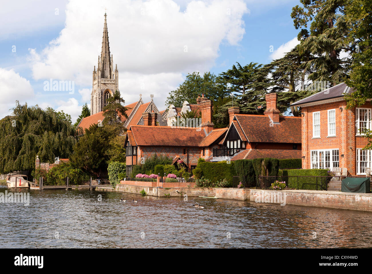 The River Thames at Marlow, Buckinghamshire, UK - Stock Image