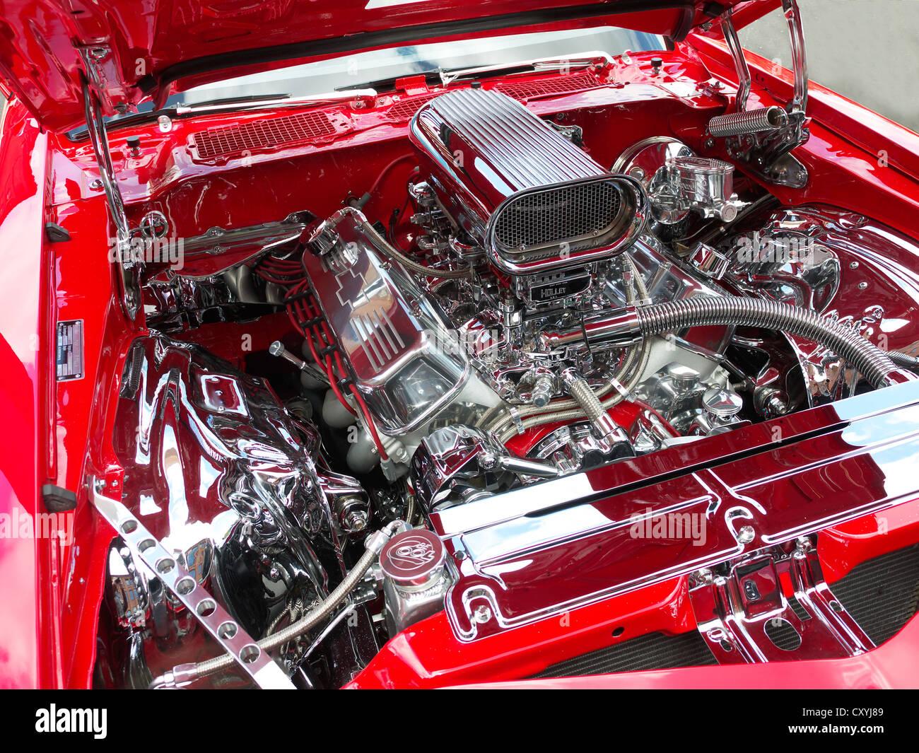 V8 Car Engine Stock Photos V8 Car Engine Stock Images Alamy