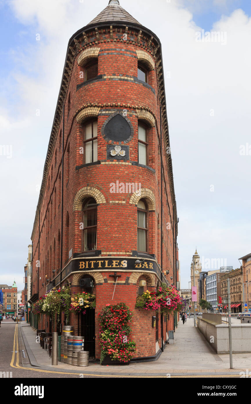 Bittles Bar 1861 urban pub in an unusual triangular shaped building in the city centre of Belfast Co Antrim Northern - Stock Image