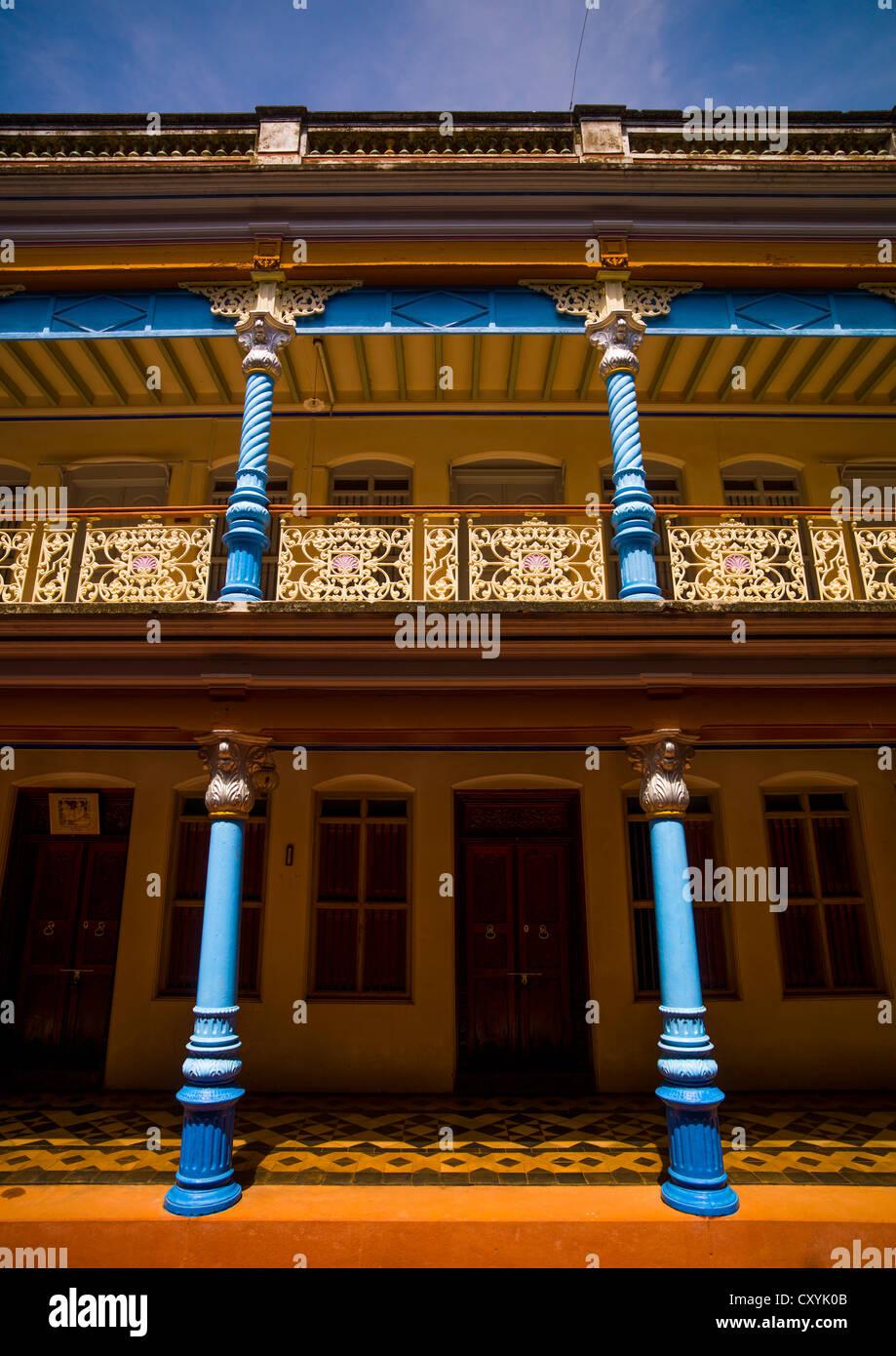 Courtyard Of Chettinad Mansion In Kanadukathan Chettinad, India - Stock Image