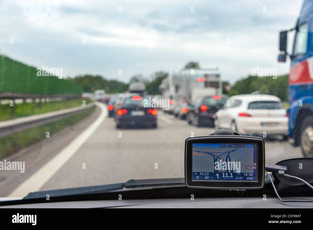 Stationary vehicles in a traffic jam on the motorway, Autobahn, Hamburg - Stock Image