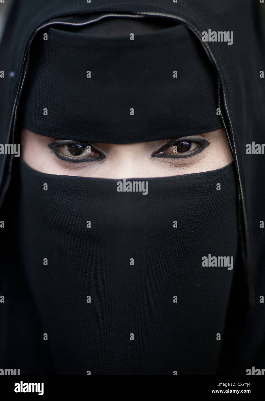 Dating salalah female Salalah Dating