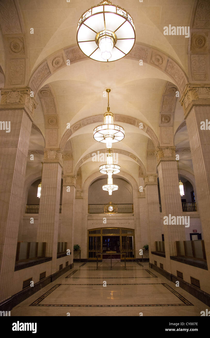 Art Deco Hoekbank.Vintage Art Deco Bank Interior Stock Photo 51016658 Alamy