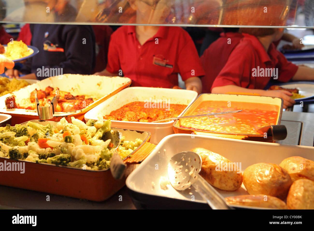 Primary school lunchtime, School Canteen queue, school dinner, London, UK Stock Photo