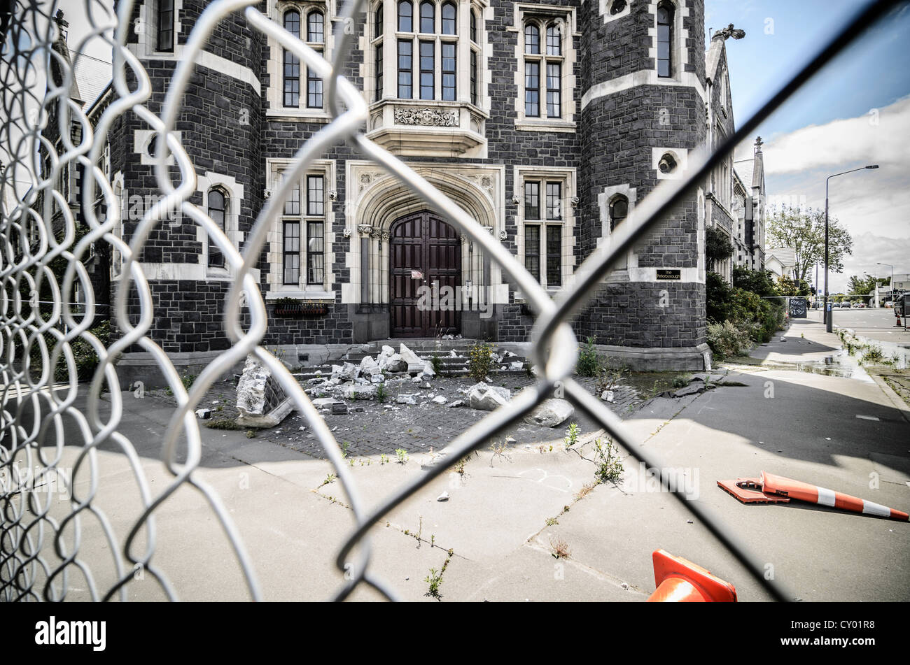 Barrier, earthquake damage to the landmark of Christchurch, South Island, New Zealand - Stock Image