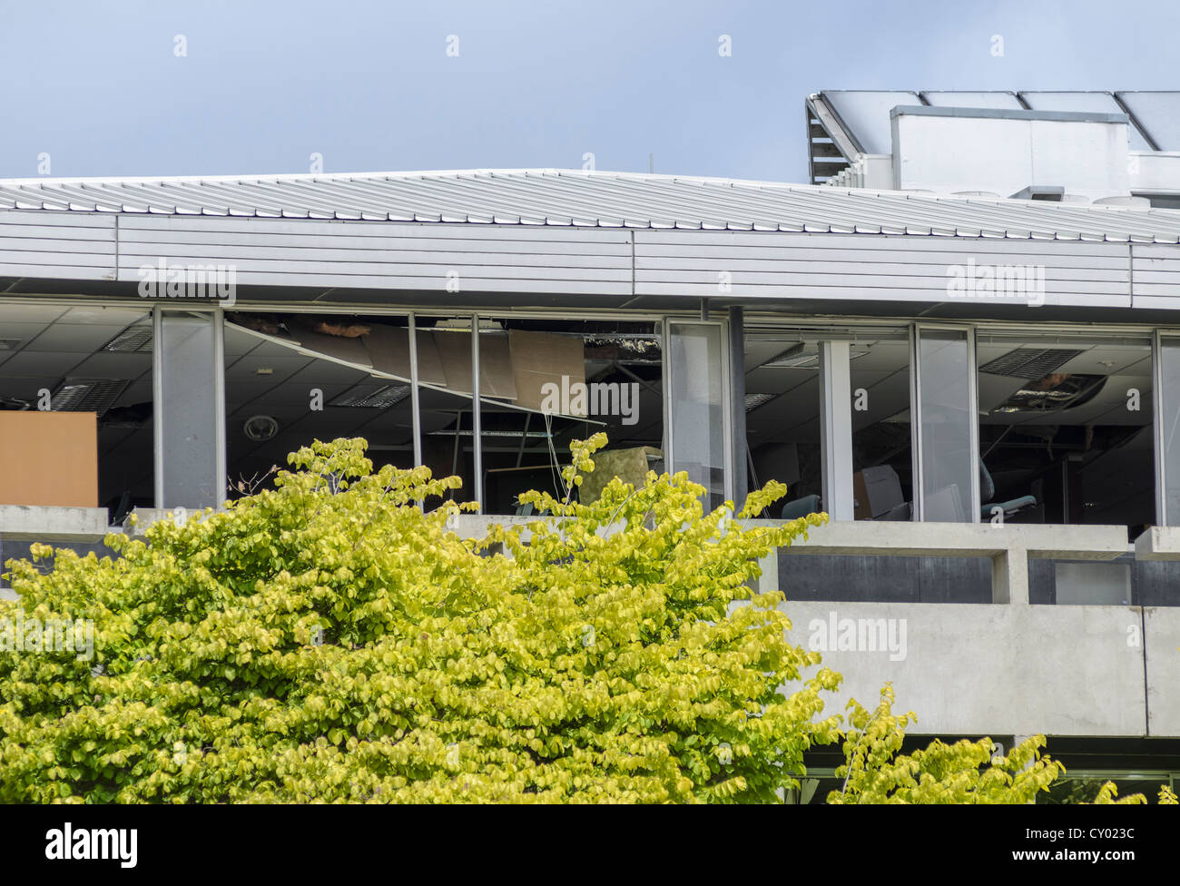 Office building, heavily damaged by earthquakes, Christchurch, South Island, New Zealand - Stock Image