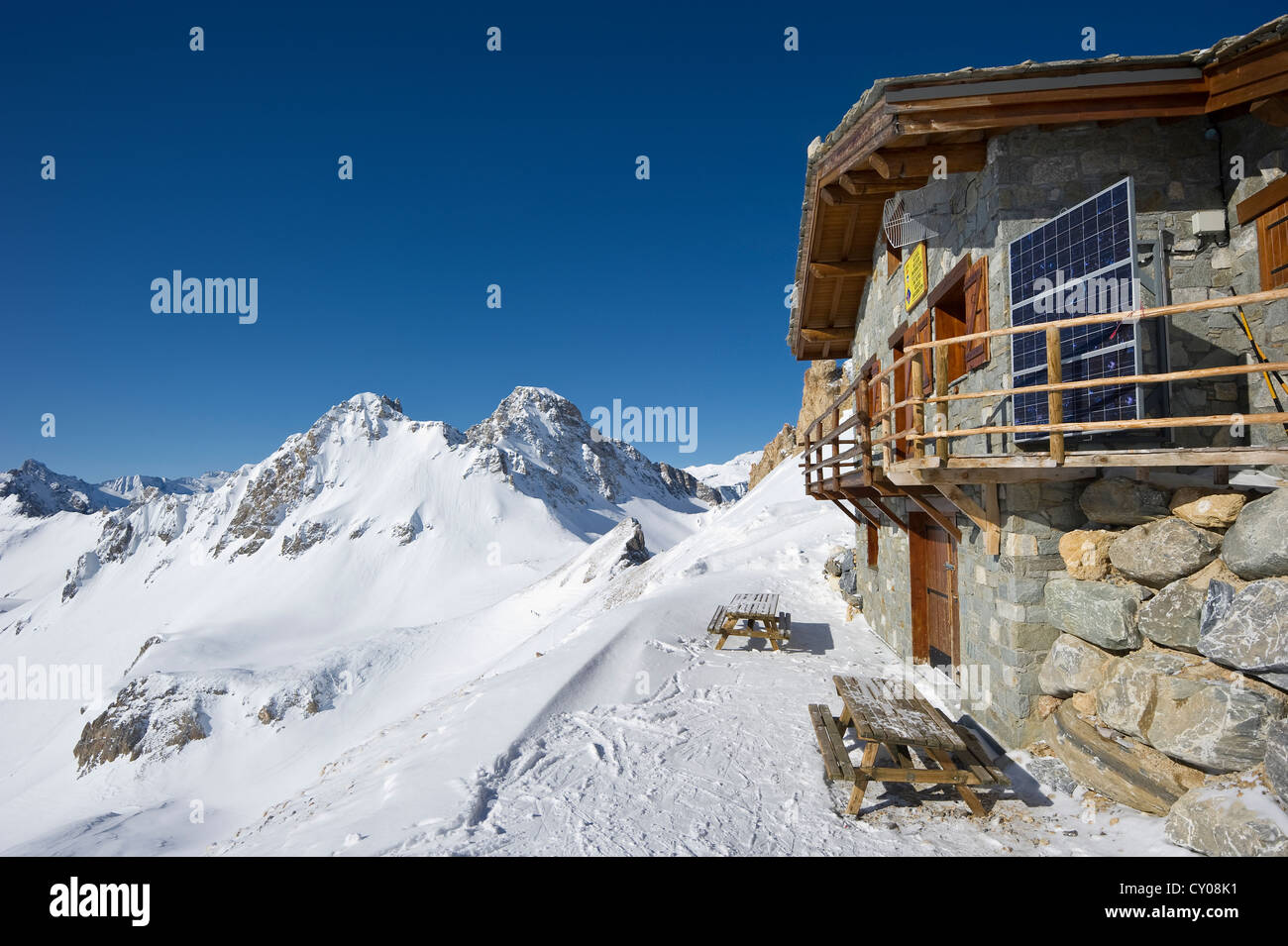 Mountain cabin, Aiguille Percee, Tignes, Val d'Isere, Savoie, Alps, France, Europe - Stock Image