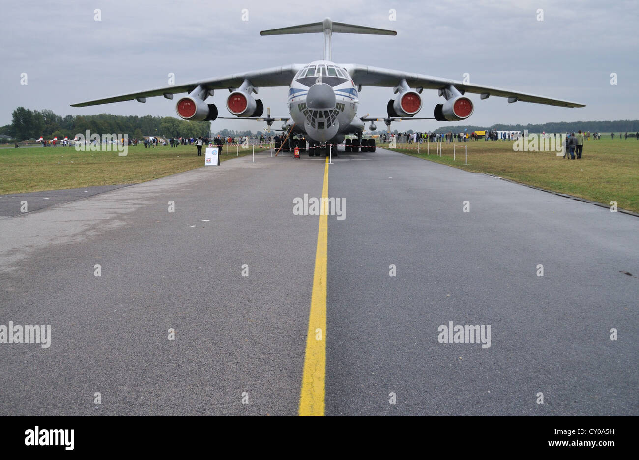 4-engined strategic airlifter Ilyushin il-76 Candid - Stock Image