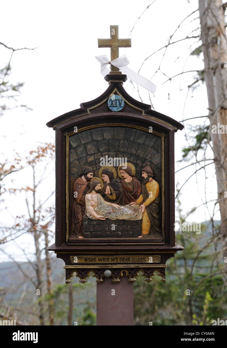Stations of the Cross at Riederstein, Station XIV, Jesus is laid in the tomb, Rottach-Egern, Lake Tegernsee, Upper - Stock Image