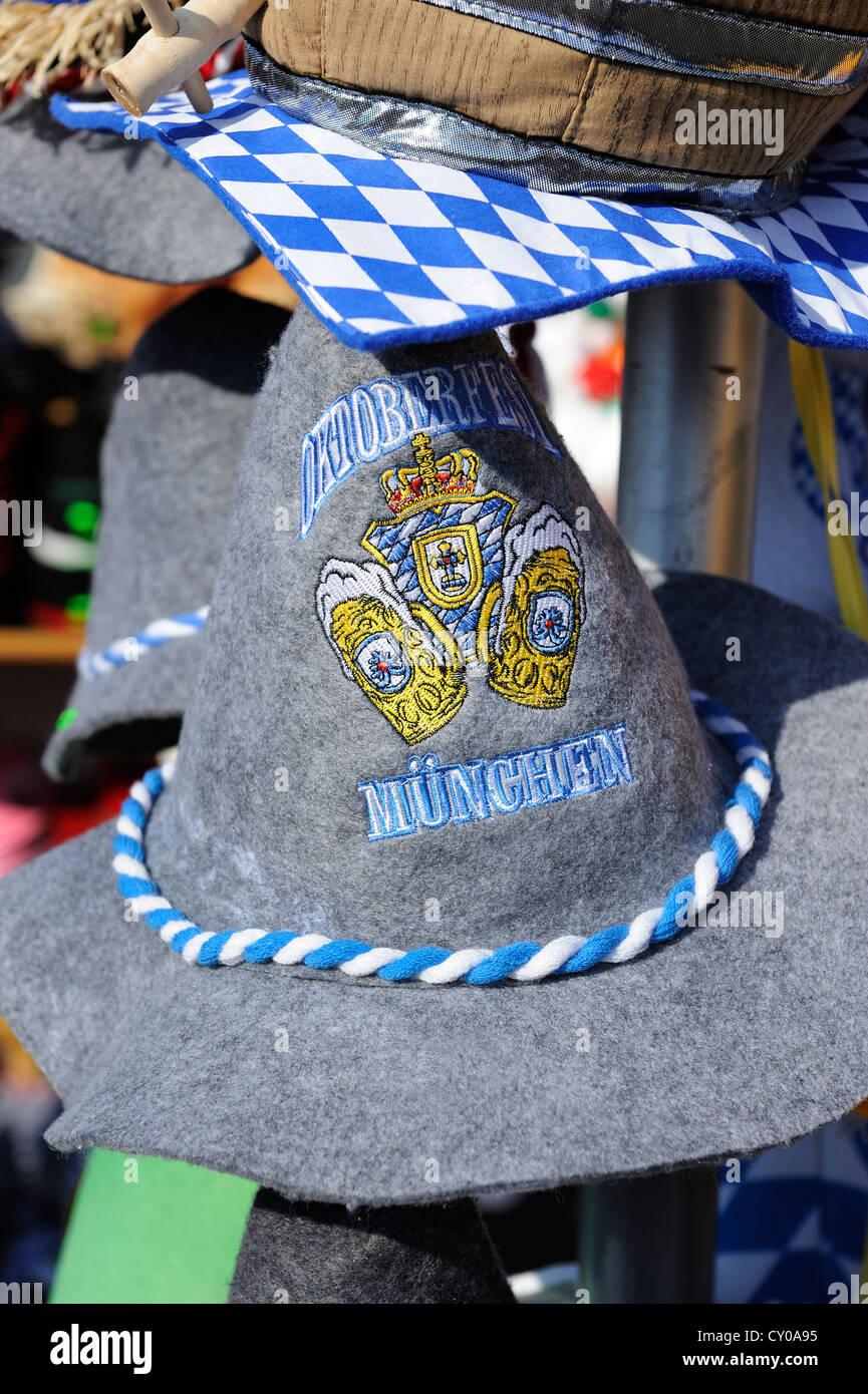 Felt hat with the wording 'Oktoberfest', souvenir stall, Munich, Bavaria - Stock Image