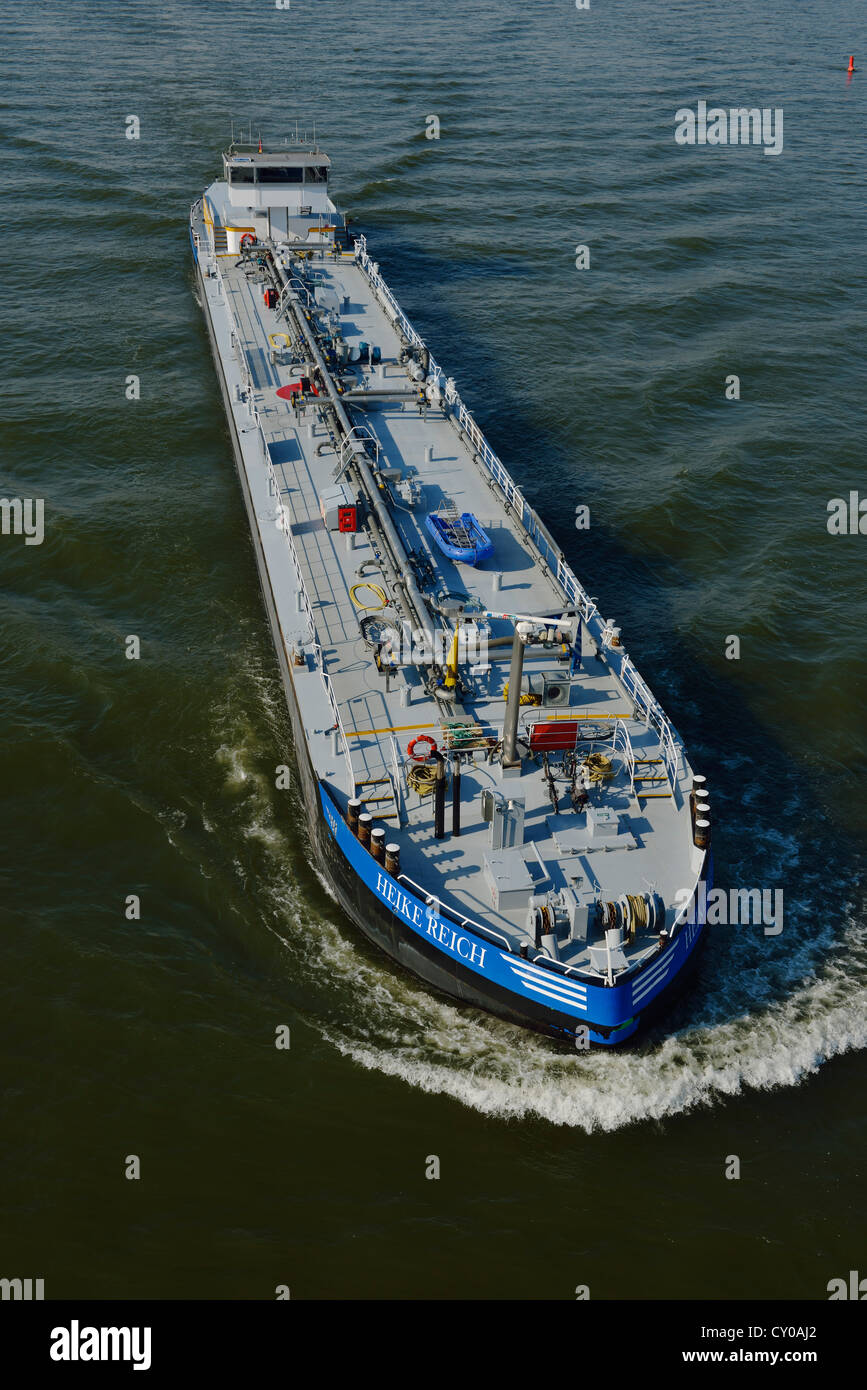 Heike Reich motor vessel, tanker, at full speed on the Rhine River, North Rhine-Westphalia - Stock Image
