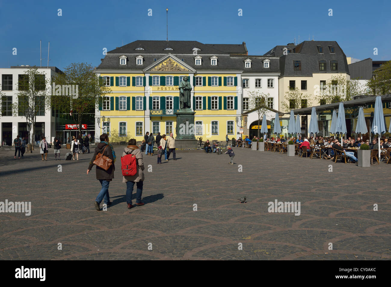 Muensterplatz square in spring, statue of Beethoven and the post office, Bonn, North Rhine-Westphalia, PublicGround - Stock Image