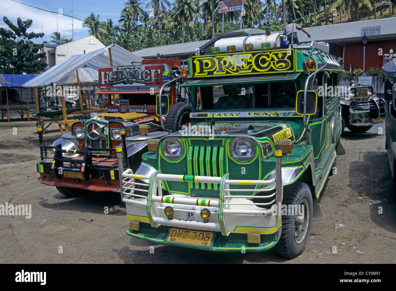 Jeepneys, vintage jeeps that were left behind by the US-Americans when they withdrew from the Philippines, Puerto - Stock Image