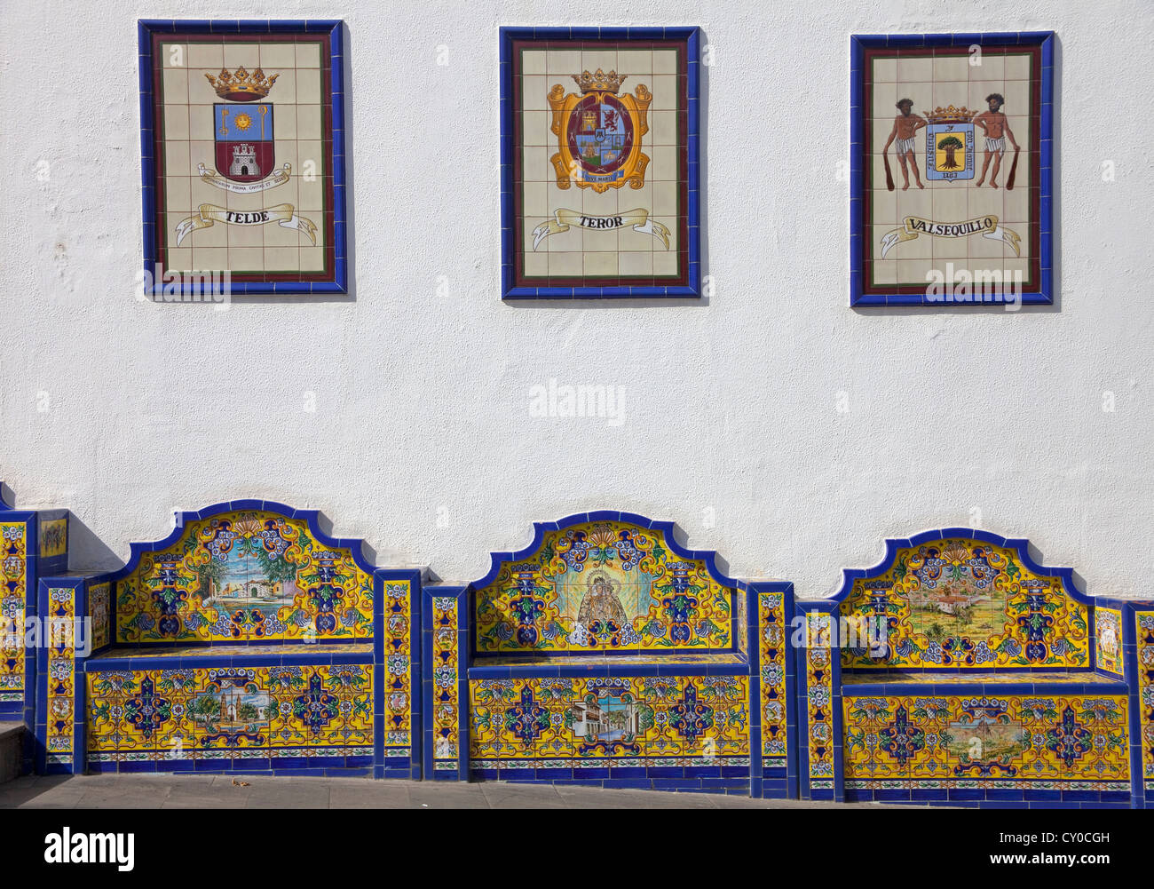 Promenade Paseo de Canarias with images on tiles, each of the 21 municipalities has an image on tiles with the coat - Stock Image
