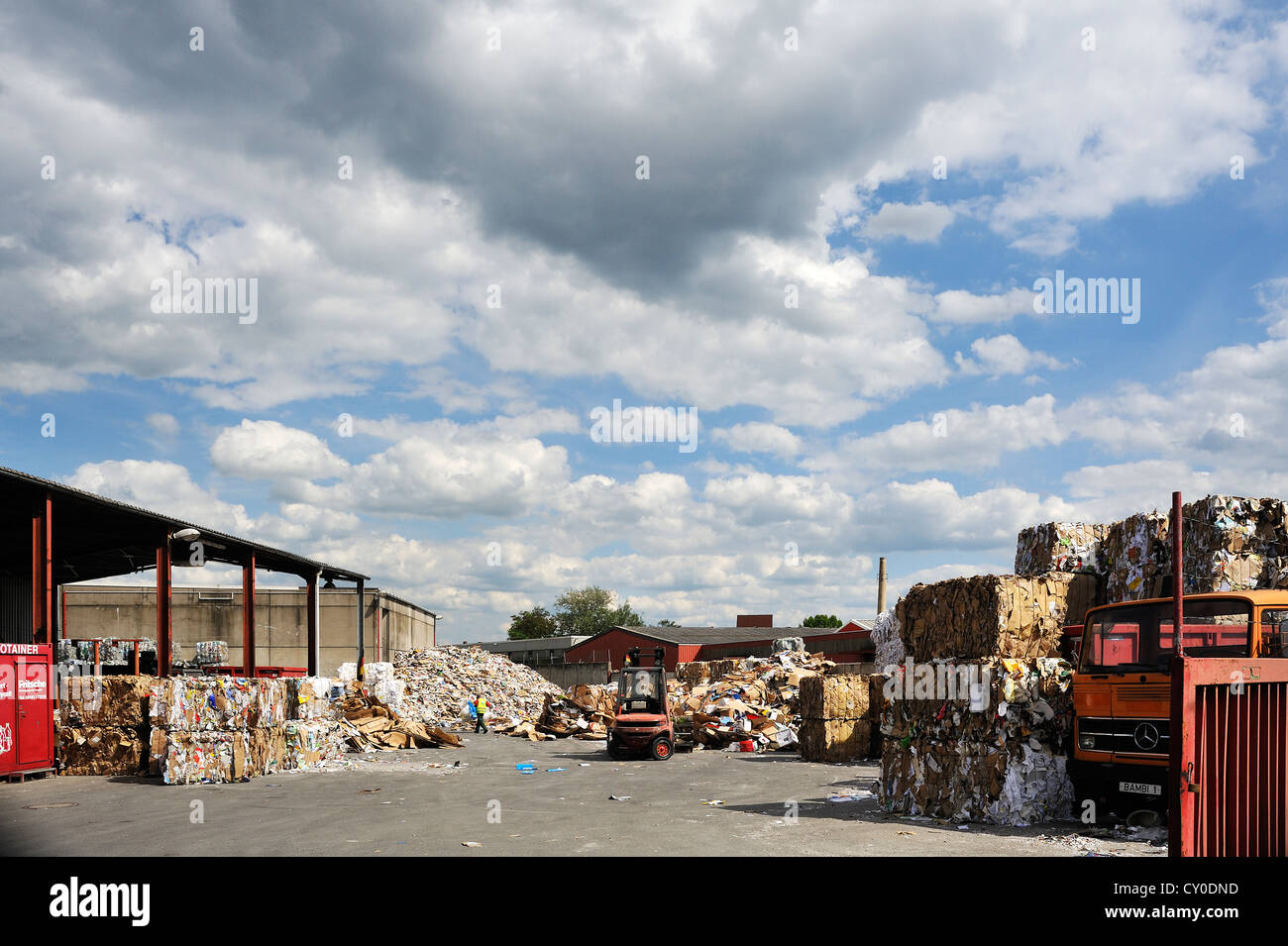 Recycle Company Stock Photos & Recycle Company Stock Images - Alamy