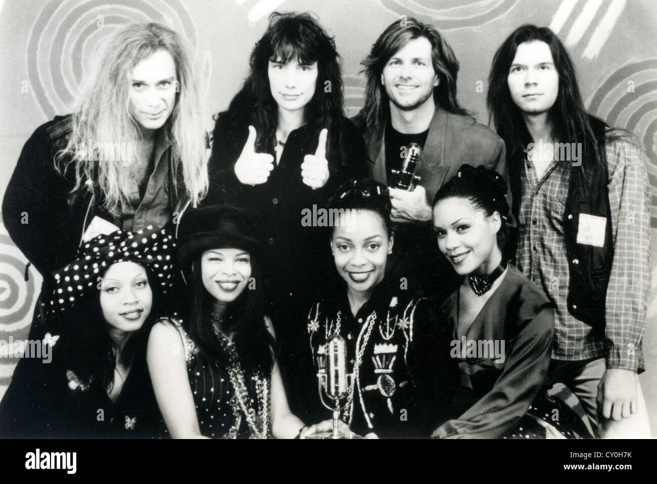 En Vogue Promotional Photo Of Us Girl Group With Mr Big In