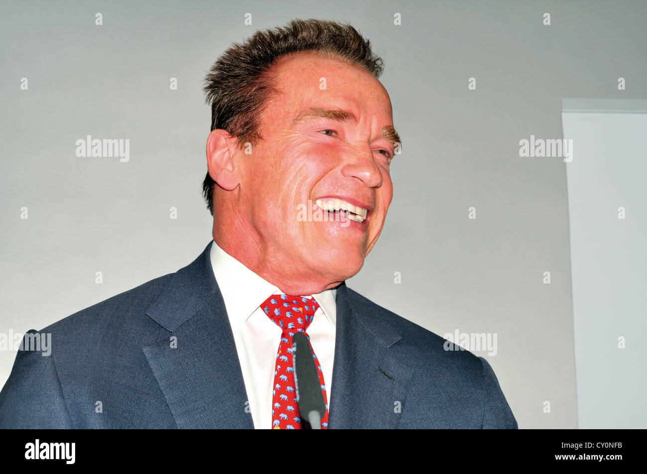 Germany: Arnold Schwarzenegger during presentation of his autobiography 'Total Recall' at the Book Fair - Stock Image