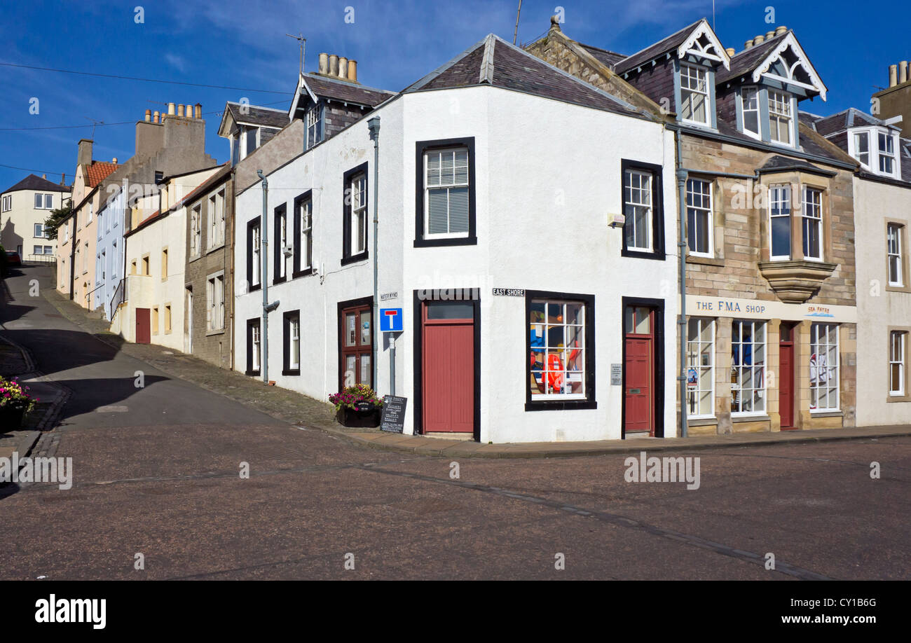 The corner buildings on Water Wynd (left) and East Shore (right) streets in Pittenweem harbour Fife Scotland - Stock Image