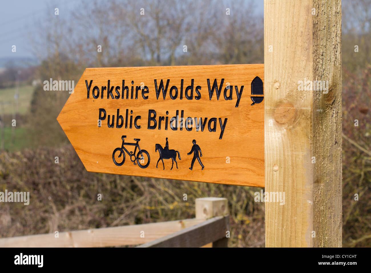 Yorkshire Wolds Way Public Bridleway sign Market Weighton - Stock Image