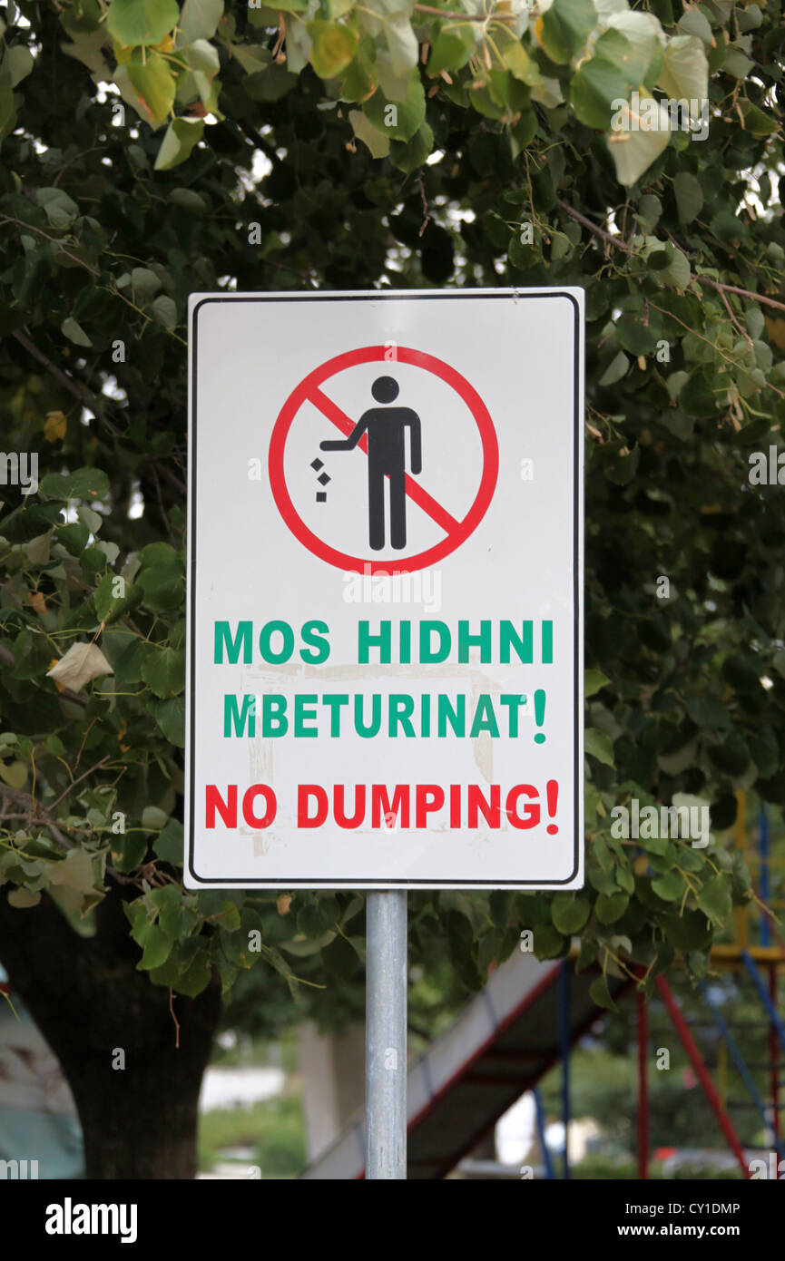 Albanian No Dumping Sign - Stock Image
