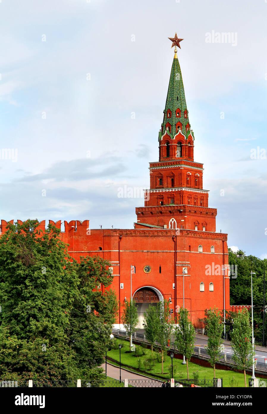 Borovitskaya tower: description and photo 3