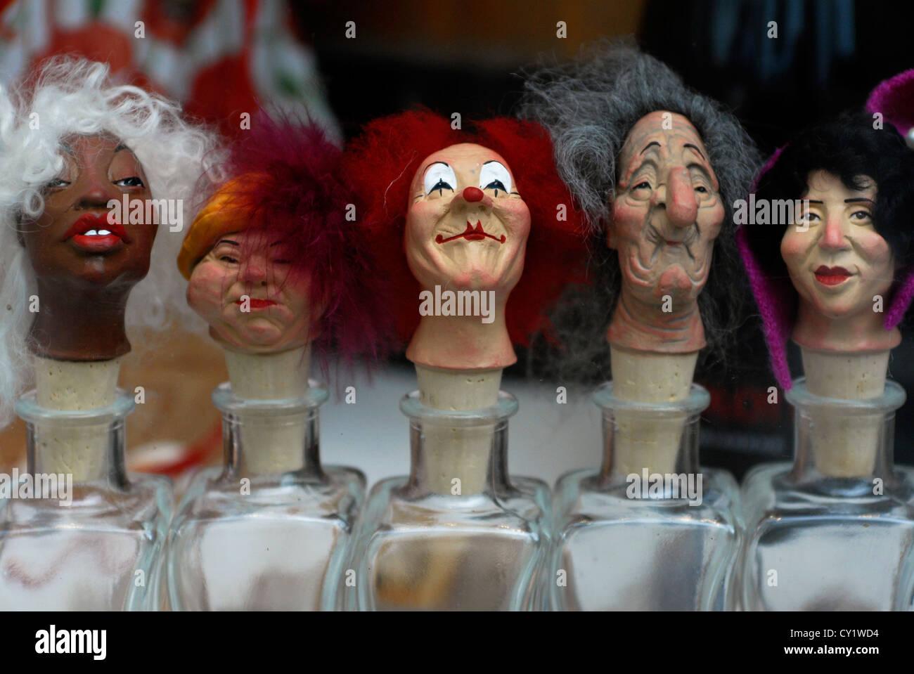 Philharmoniker Gasse Genuss Fass Souvenirs, wines Salzburg, Shop, Austria, Europe - Stock Image