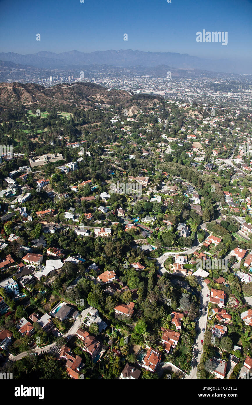 view across homes in the hollywood hills los angeles. Black Bedroom Furniture Sets. Home Design Ideas