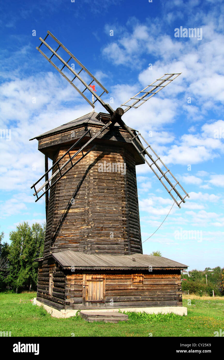 Wooden windmill of XIX century in Suzdal, Russia - Stock Image
