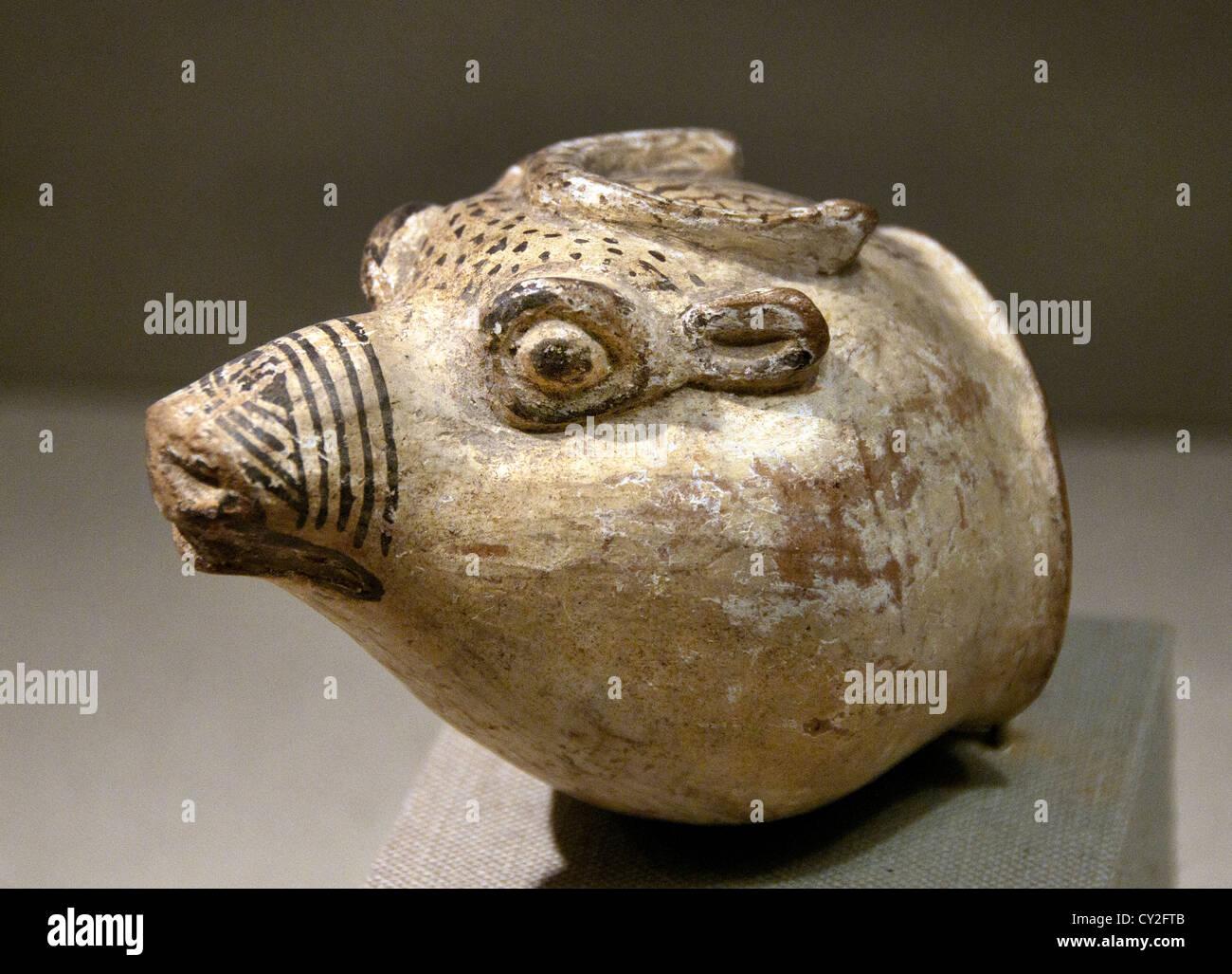 Vessel Old Assyrian Hittite 1900 - 1600 B.C. Central Anatolia 11cm Ceramic - Stock Image