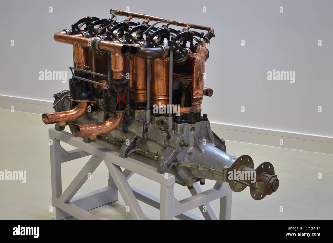 Beardmore 160hp 6-cylinder aero engine on display at Duxford Airspace - Stock Image