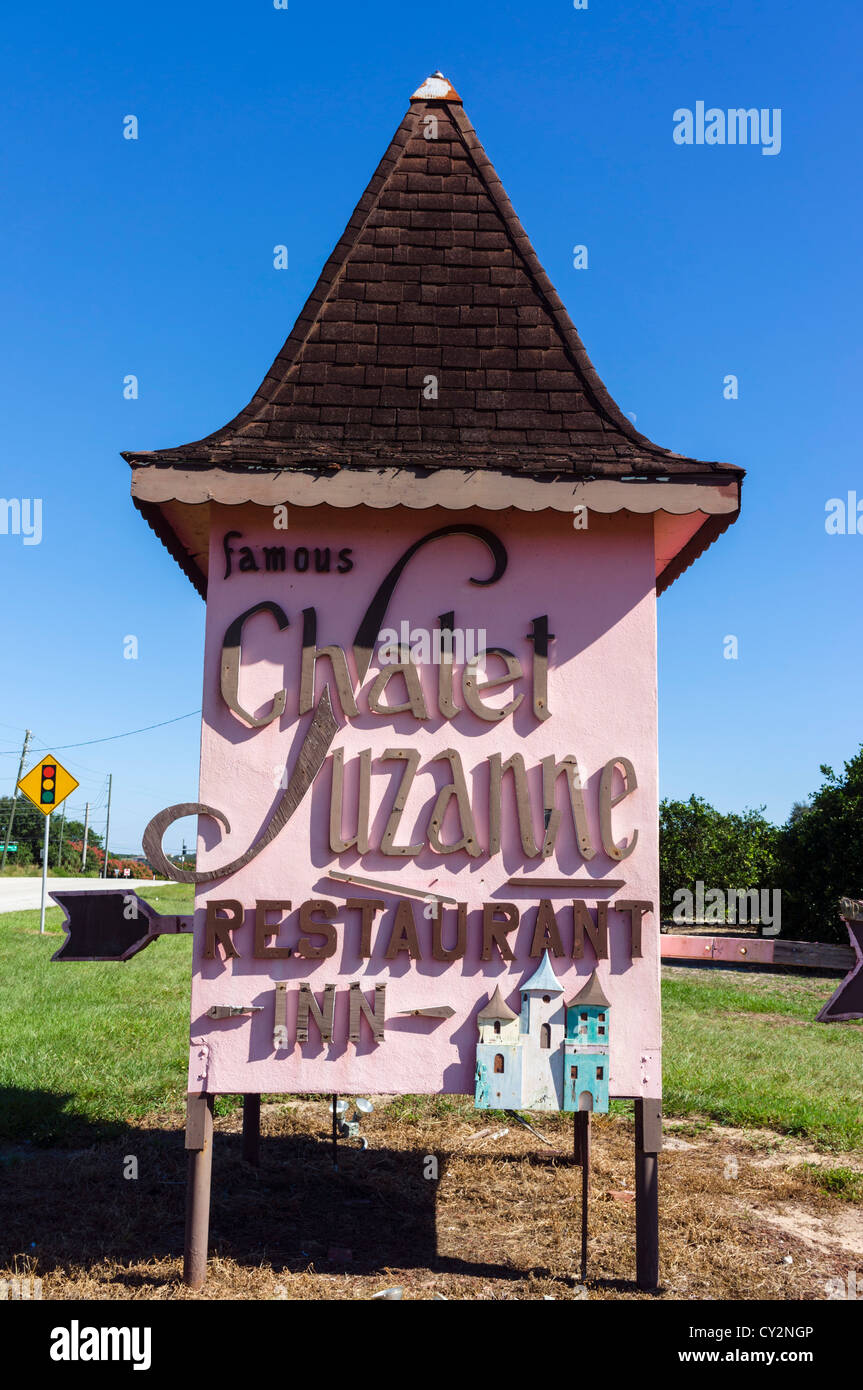 Sign for the historic Chalet Suzanne Restaurant and Inn, Lake Wales, Polk County, Central Florida, USA - Stock Image