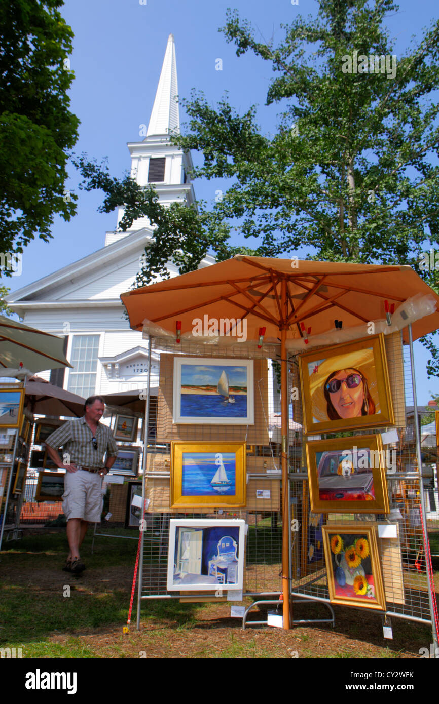 Massachusetts Cape Cod Chatham Main Street First Congregational Church of Chatham organized 1720 Annual Festival - Stock Image