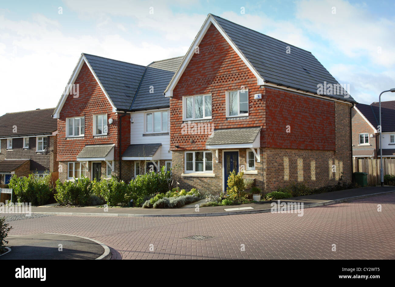 Modern 2 storey family housing in a traditional british style in the hampshire village of hambledon