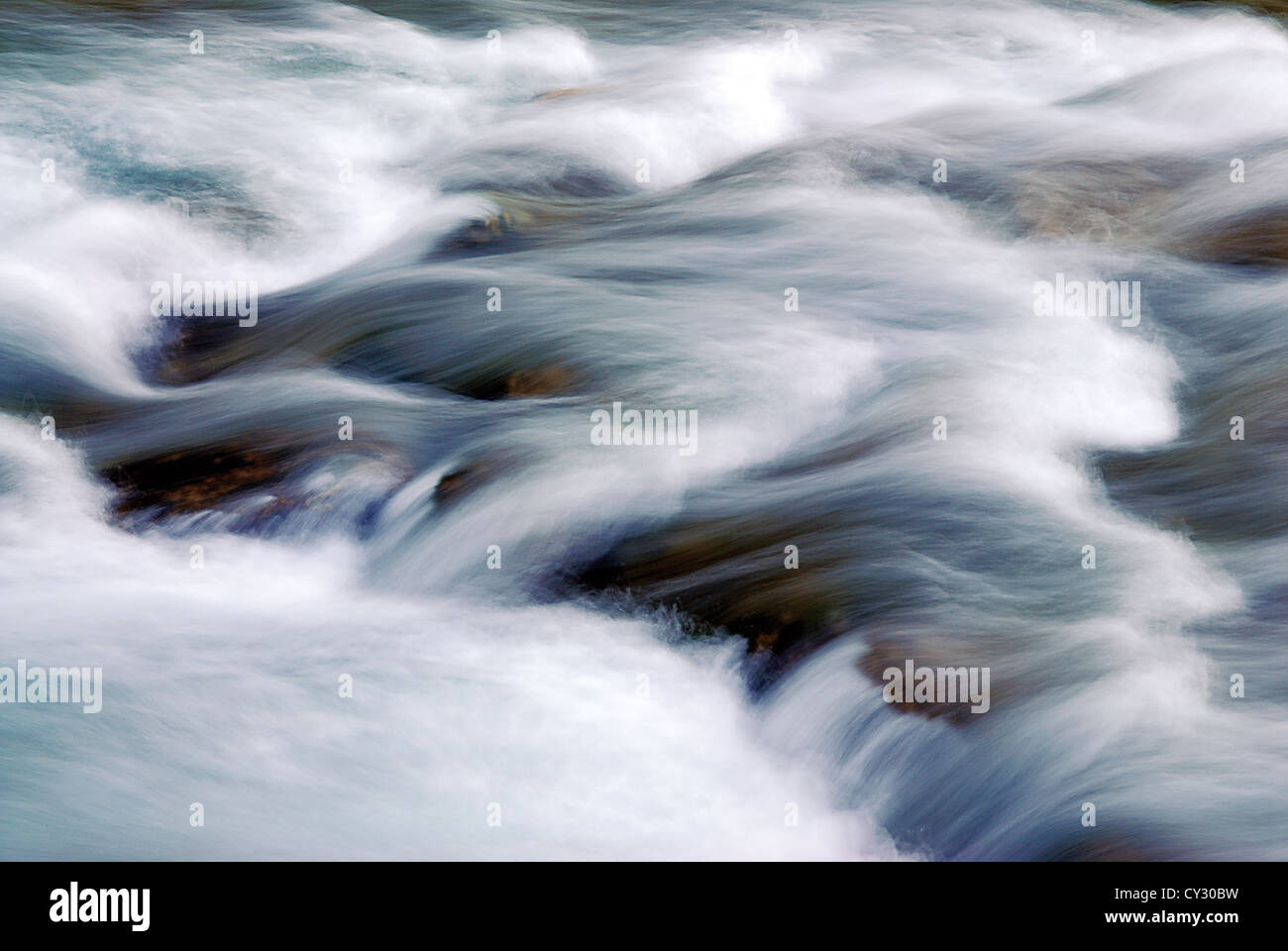 Spain, Cantabria: Running water of mountain river Cares in Mier - Stock Image