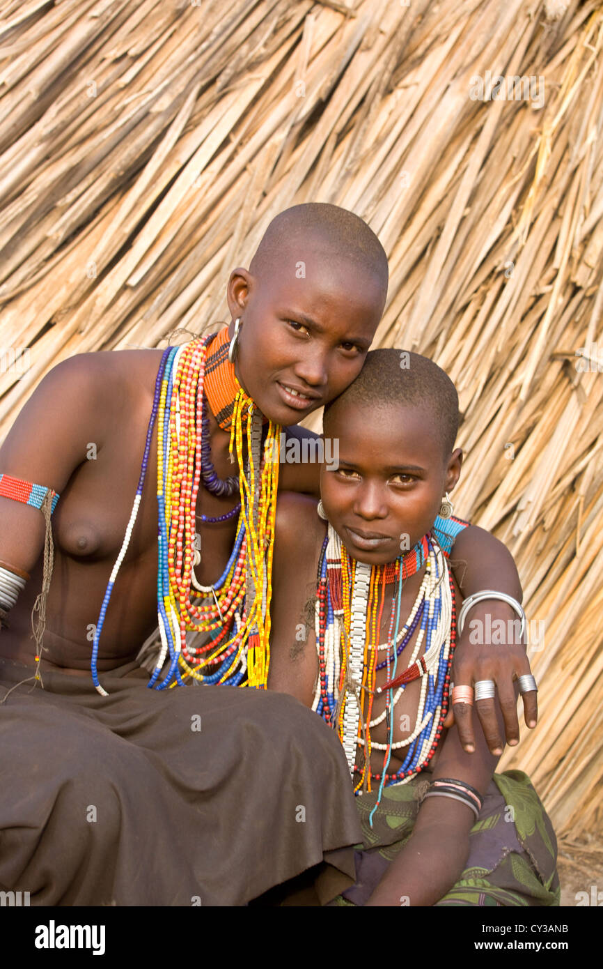 Girls of the Erbore tribe, Omo River Valley, Ethiopia - Stock Image