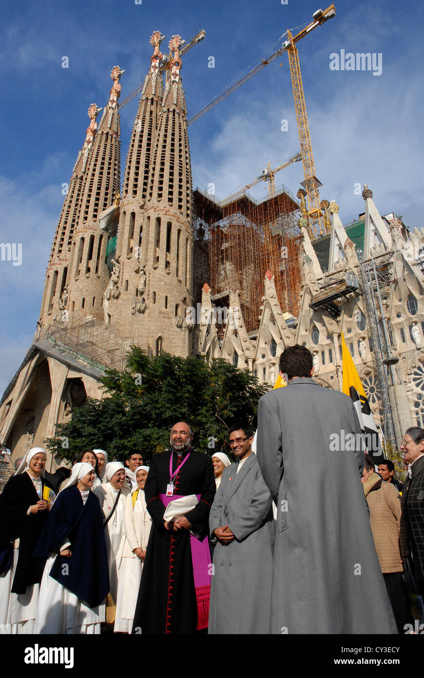 priests, pastors and nuns visiting the Sagrada Familia church, general view of the building,religious sightseeing - Stock Image