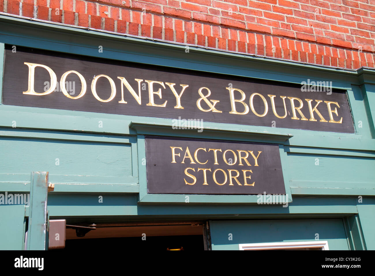Maine Freeport outlet factory stores Dooney & and Bourke women's handbags leather goods entrance front Stock Photo