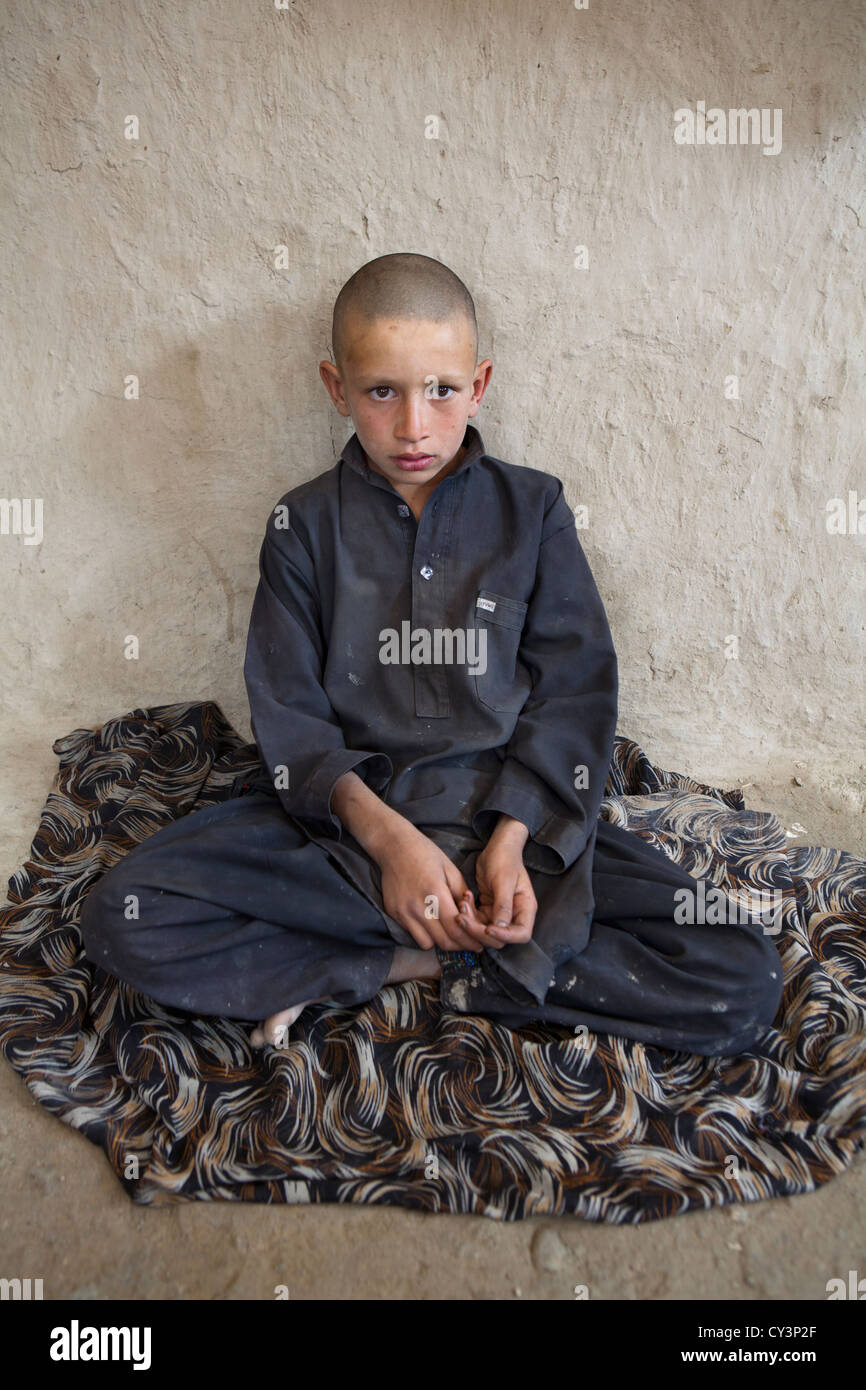 Interior of a refugee house in kabul - Stock Image
