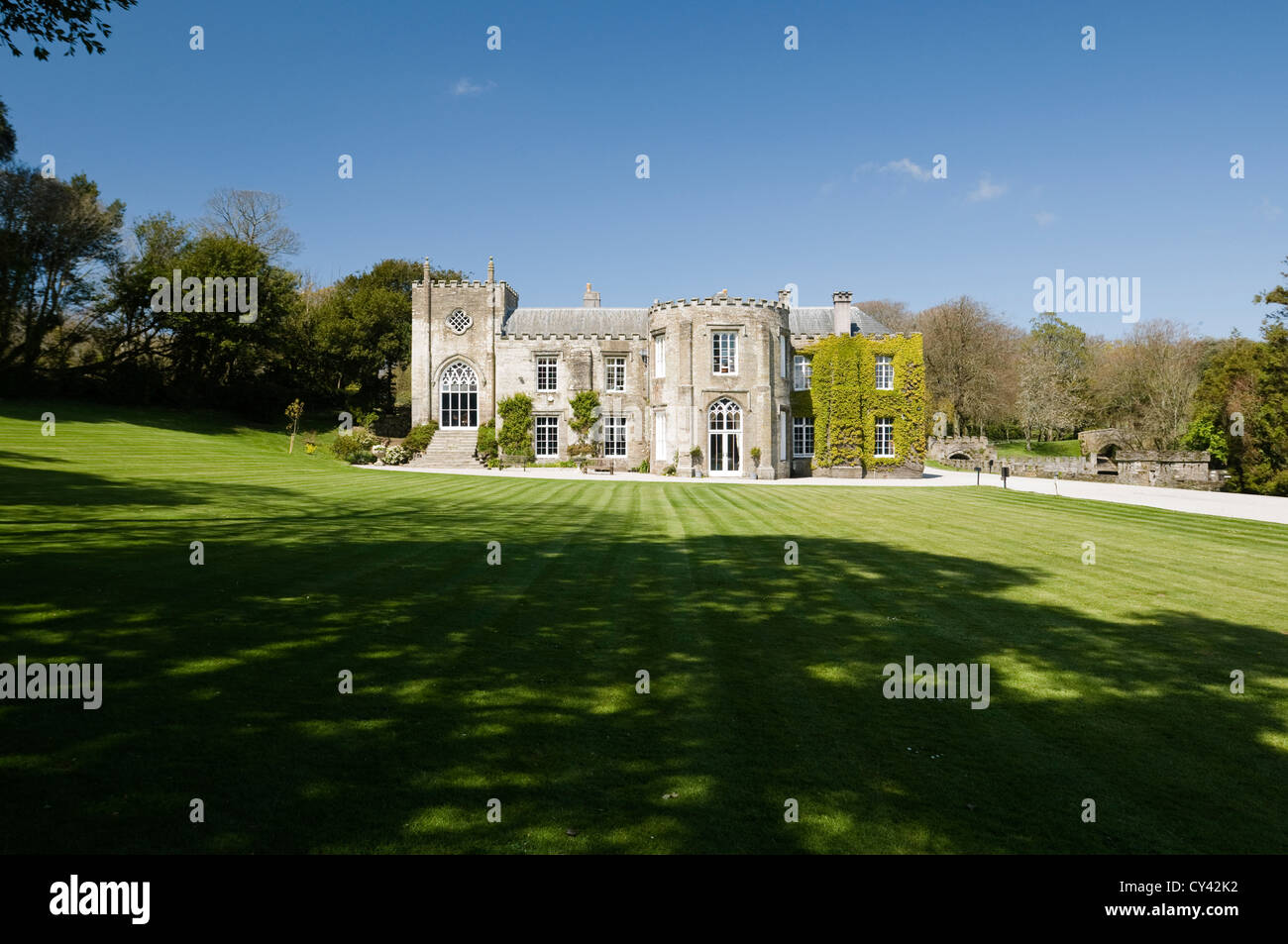 Exterior facade of Prideaux Place, an Elizabethan manor in north Cornwall - Stock Image