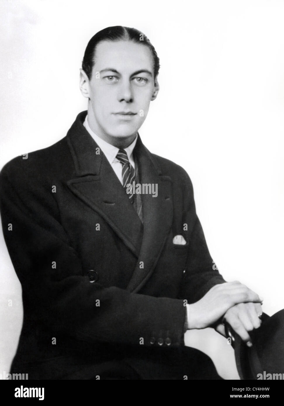 REX HARRISON, SIR (PORTRAIT) AGED 22 RXHS 004 MOVIESTORE COLLECTION LTD - Stock Image