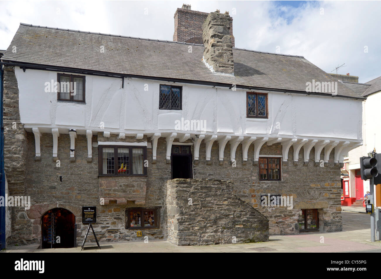 Aberconwy House medieval merchants home & oldest house in