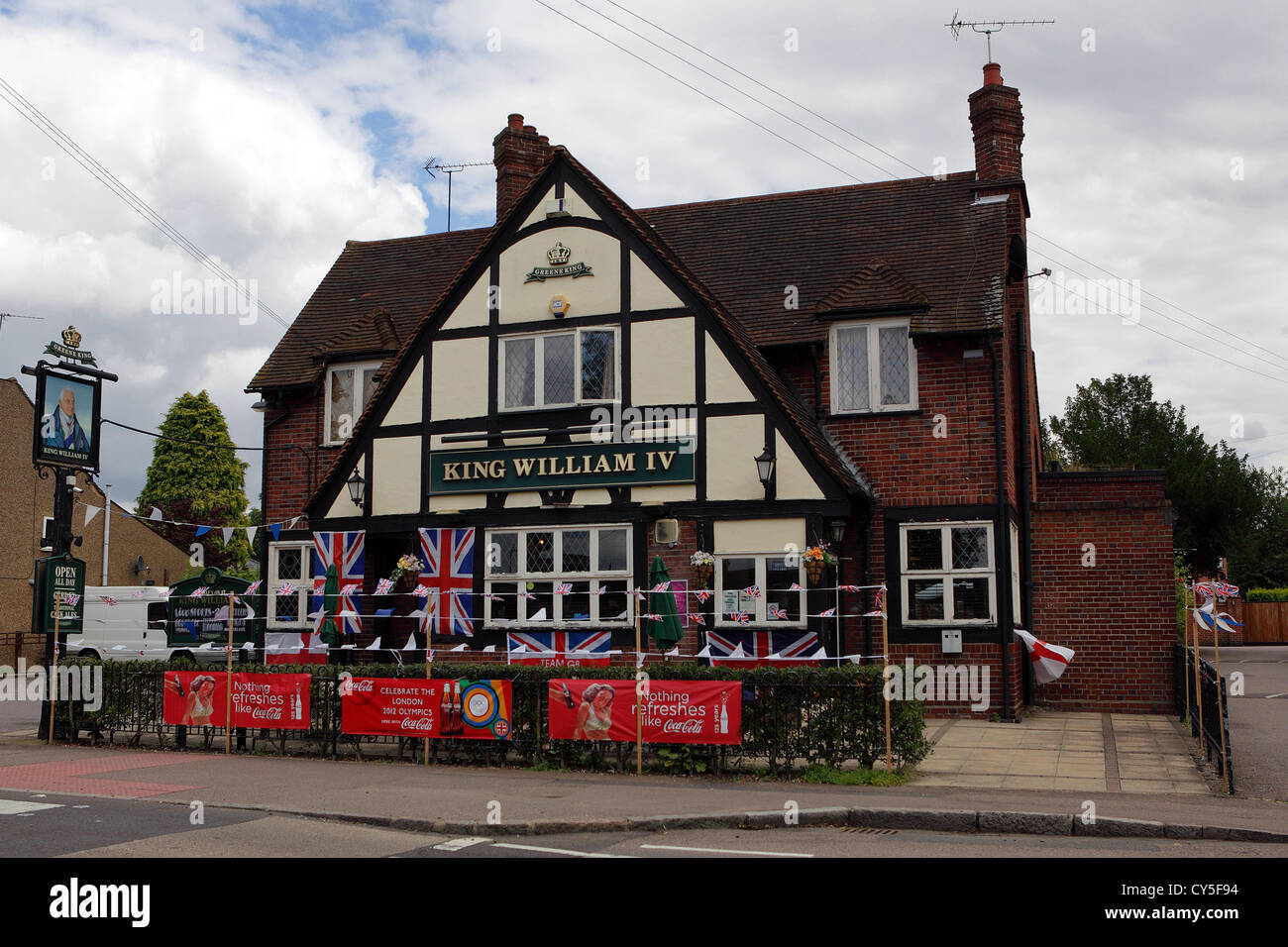 Traditional British pub,the King William IV situated on London Road,Shenley in Hertfordshire. - Stock Image