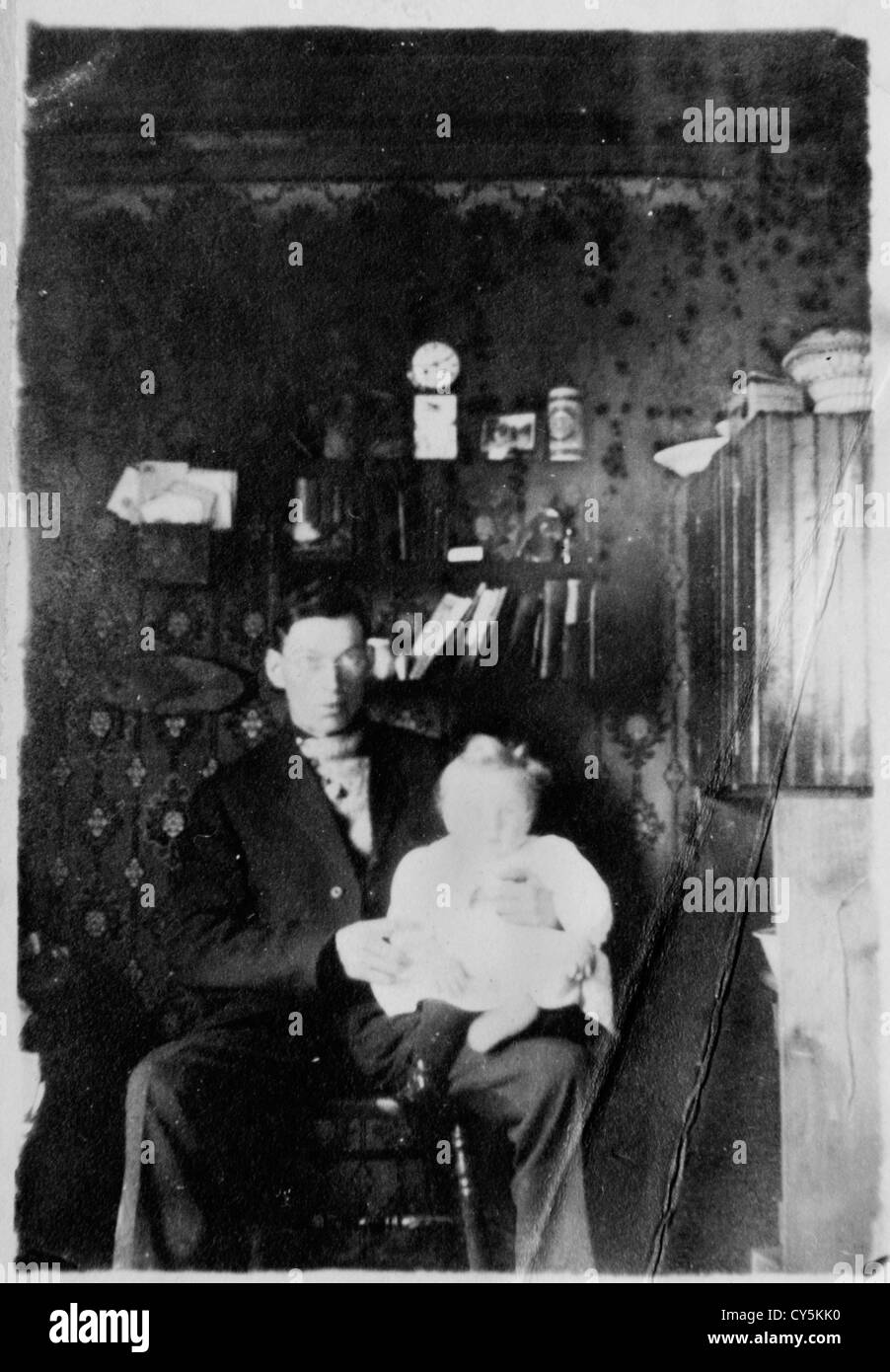 interior homestead Luseland  Saskatchewan Canada 1900s. HOMER WARWICK SYKES - Stock Image