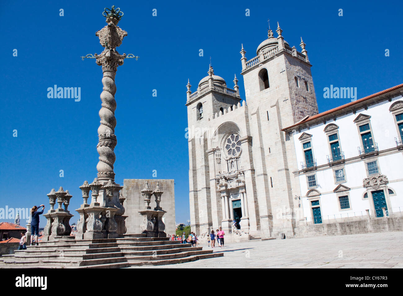 Front facade of the Sé Cathedral in Oporto, Portugal - Stock Image