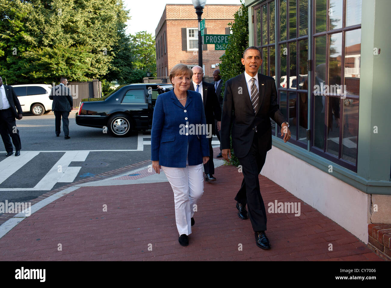 US President Barack Obama and Chancellor Angela Merkel of Germany arrive for dinner at the 1789 Restaurant June - Stock Image